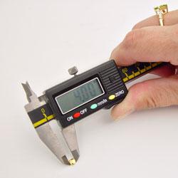 Measure a Dustproof Quartz Watch Crown