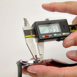 Measure a Waterproof Quartz Watch Crown