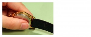 Change a Leather Watch Band_step4