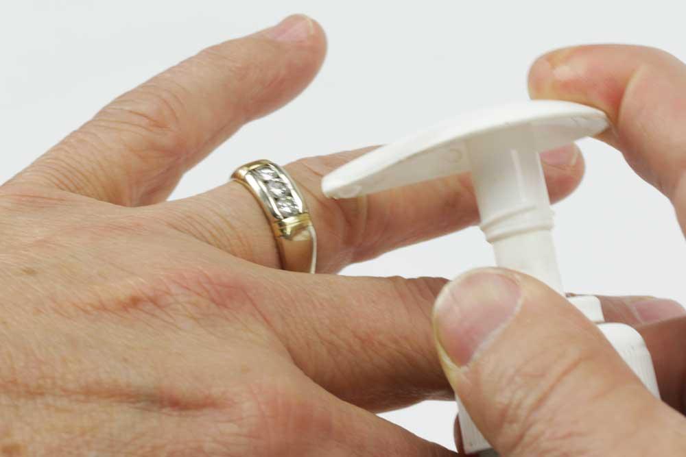 Emergency Ring Removal Ring Removal Methods Esslingercom