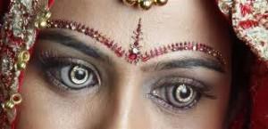 Diamond-Contact-Lens-300x145