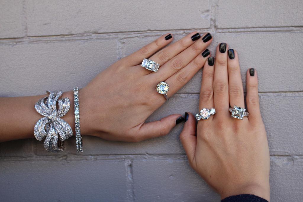 Bench Jeweler, Coconut Point, Signet Jewelers