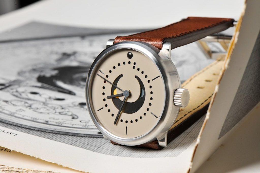 super-qualified-watchmaker-junior-watchmaker