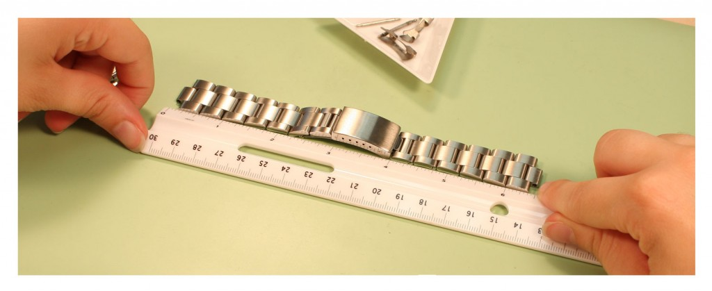 Change a Metal Watch Band_step7