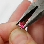 How to Tighten Prongs on Diamond Rings