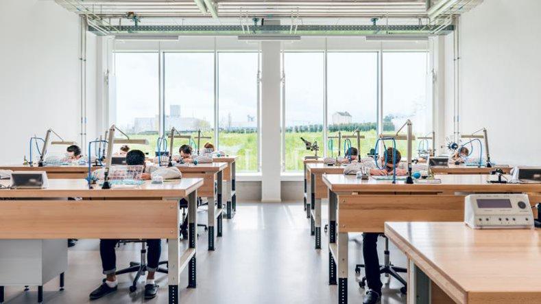 Ecole des Métiers et Artisans de Haute Horlogerie