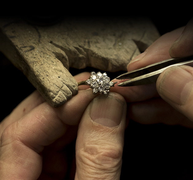 Vacancy For Bench Jeweler Dallas Tx Esslinger