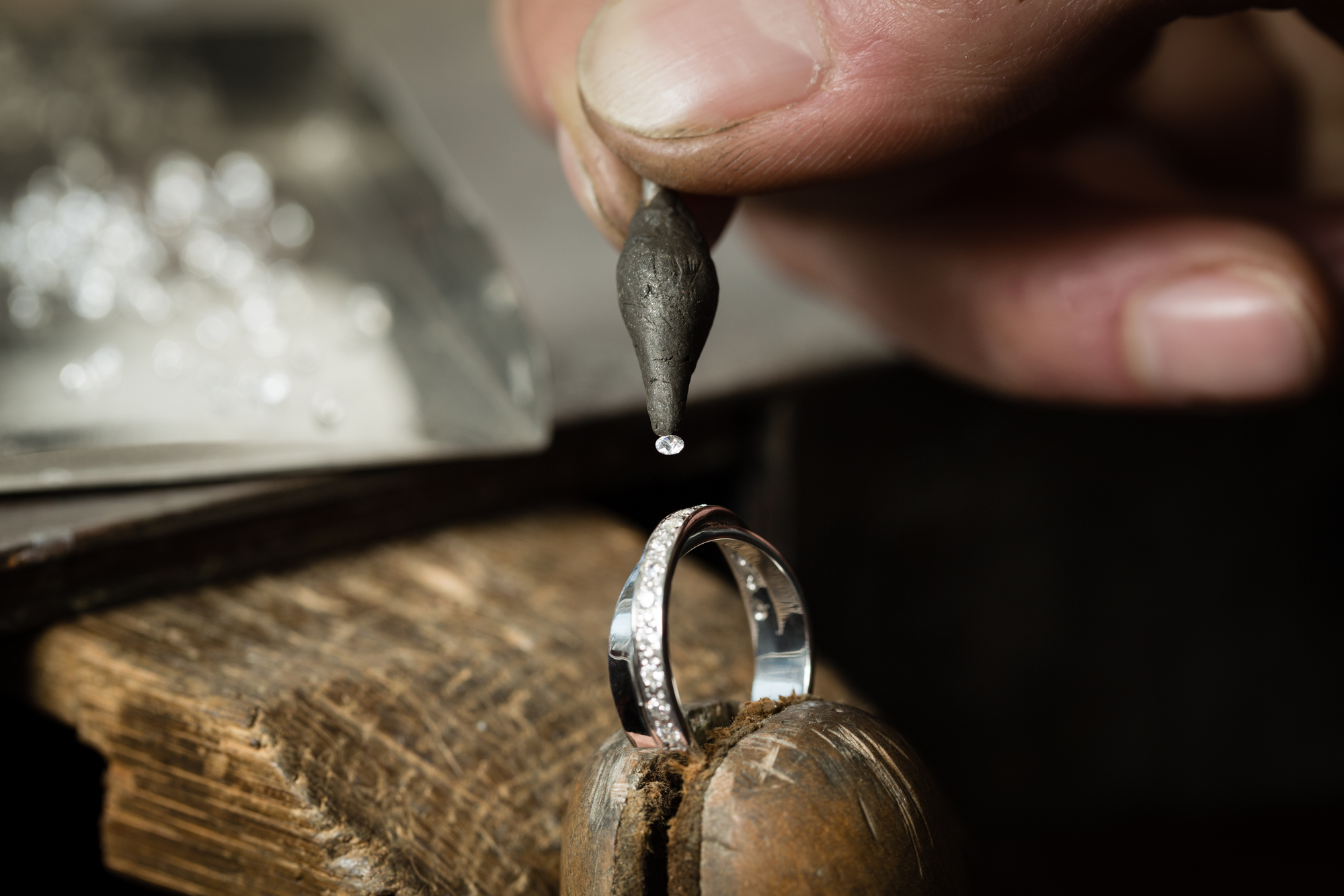 job opening for bench jeweler (wayne, nj) | esslinger watchmaker
