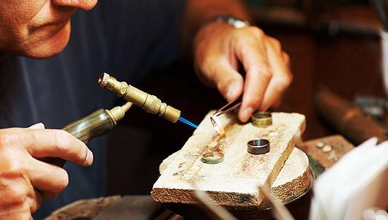 Vacancy for Bench Jeweler DedhamMA Esslinger Watchmaker